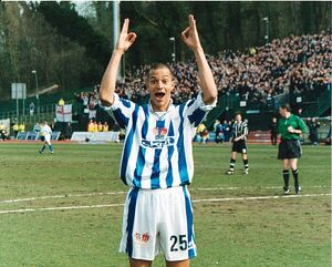 Zamora celebrates against Notts County